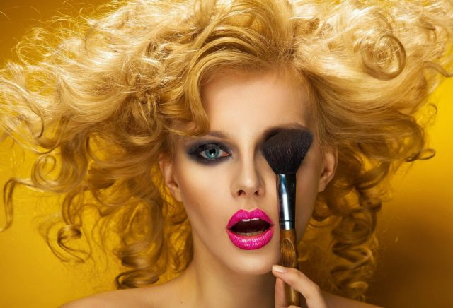 Makeup Tips For Blondes