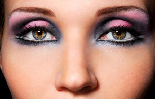 Deep Set Eyes, www.mymakeupideas.com
